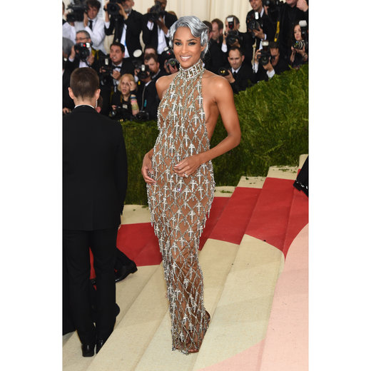 "NEW YORK, NY - MAY 02: Ciara attends the ""Manus x Machina: Fashion In An Age Of Technology"" Costume Institute Gala at Metropolitan Museum of Art on May 2, 2016 in New York City. (Photo by Jamie McCarthy/FilmMagic)"